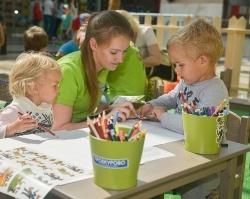 Участники акции «Троекурово» создали сборник детских рисунков