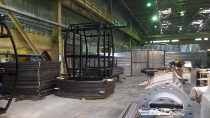 Уникальные кадры с завода: подрядчик изготовил первые детали колеса обозрения для Самары
