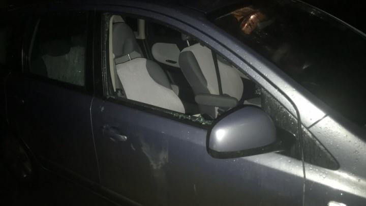 В центре Ярославля вскрывают иномарки: водители устроили охоту на автовора