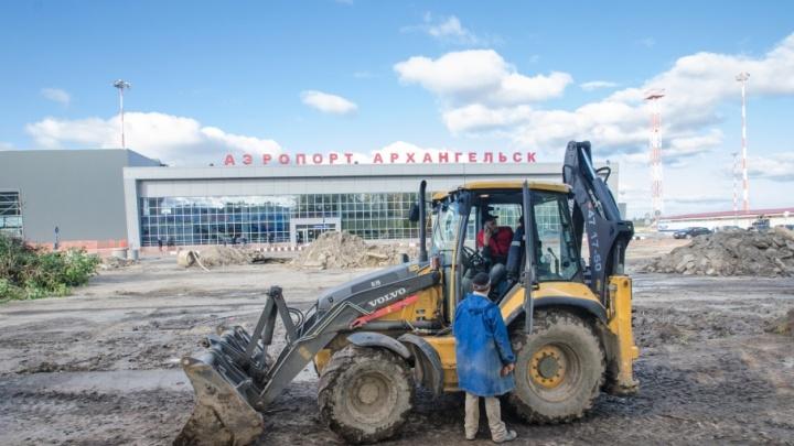 В Архангельске выровняли грунтовые дороги