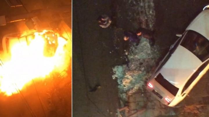 «Все кричали, боялись, что машина взорвется»: очевидец снял на видео первые минуты после ДТП на Пушкина