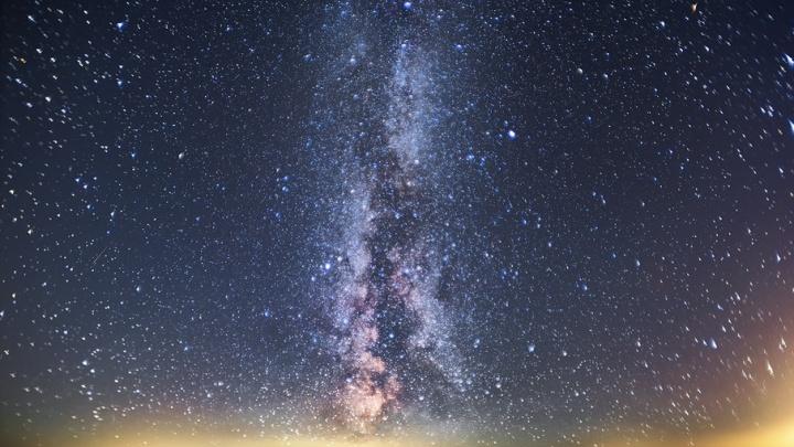 Лунное затмение и звездопад: что можно увидеть в небе над Ярославлем