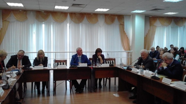 Бизнес Ростова готов вкладывать деньги в решение социальных проблем
