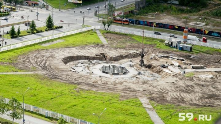 Хроники эспланады: следим за строительством нового фонтана на главной городской площади