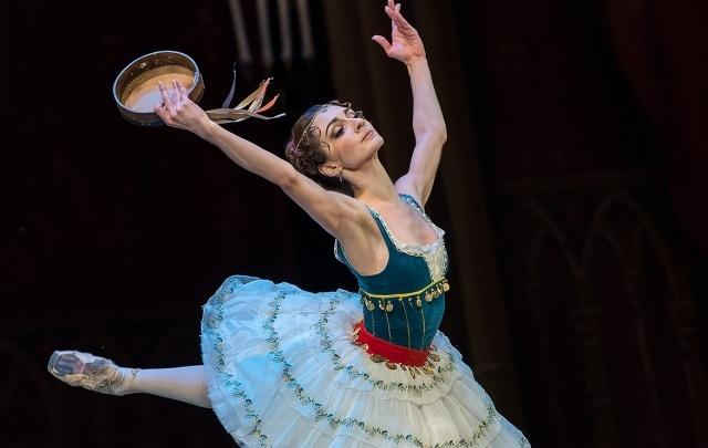Челябинцы остались в восторге от балета XIX века с голливудским финалом