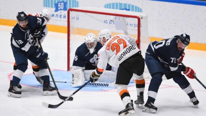 ХК «Молот-Прикамье» на выезде проиграл «Динамо С.-Петербург» со счетом 3:0