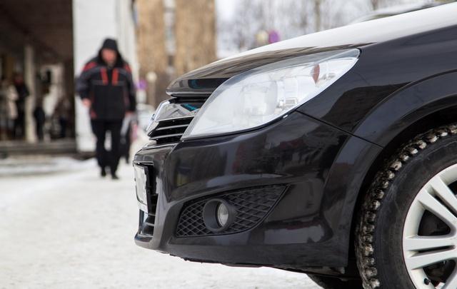 От «Мерседеса» до коневоза: депутаты Архоблсобрания не поддерживают отечественный автопром