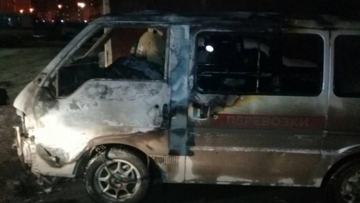 Компанию по перевозке инвалидов выживают из Тюмени: ночью подожгли второй автомобиль