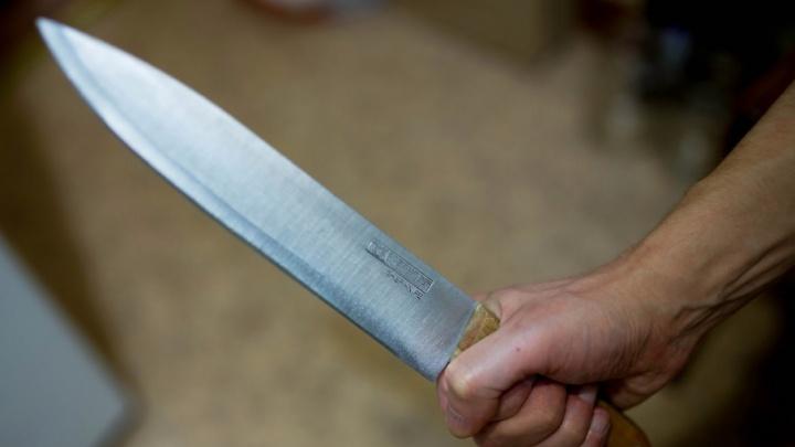 79-летний ярославец девять раз ударил ножом 78-летнего друга