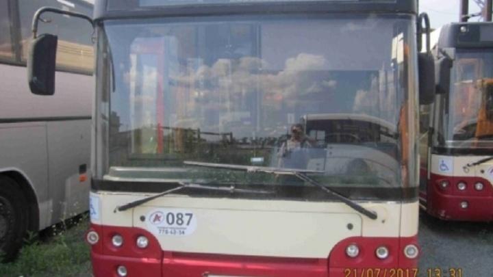 «Не наши автобусы»: транспортники открестились от распродажи техники «Челябавтотранса»
