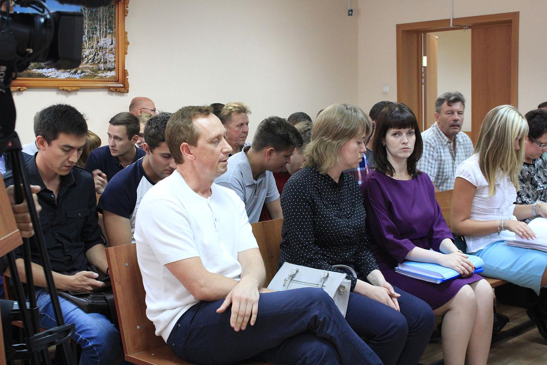 От Росавиации в суде – три представителя уральского управления ведомства
