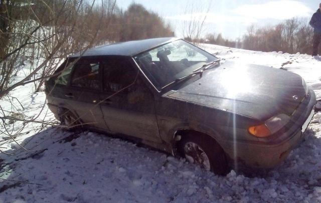 В Красноборском районе нетрезвый водитель отечественного авто улетел с дороги