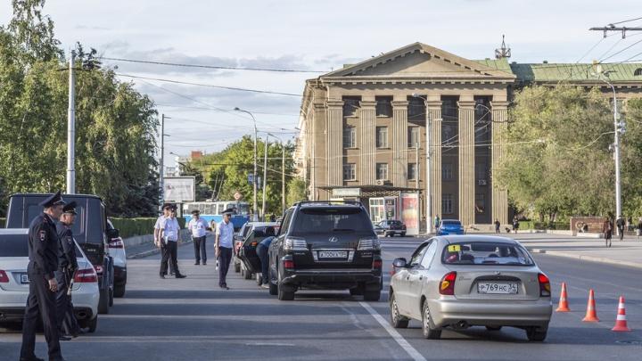 В центре Волгограда водителей массово проверяют на трезвость