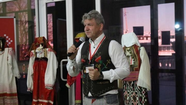 «Одеваньице баское»: в Перми открылась выставка уникальных русских костюмов