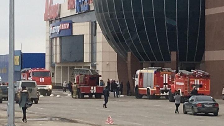 Из торгового центра «Московский» эвакуировали посетителей из-за пожарной тревоги