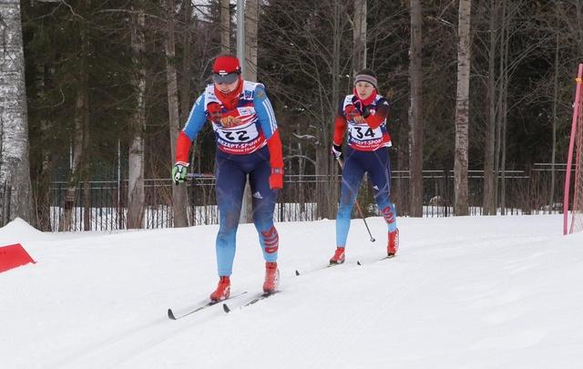 Паралыжники Поморья выиграли серебро и бронзу Югорского марафона