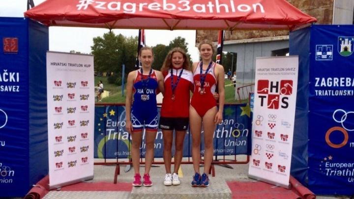 Донская спортсменка завоевала серебро Кубка Европы по триатлону среди юниоров