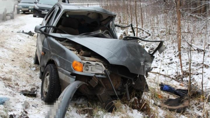 В Прикамье водитель и пассажир ВАЗа погибли в аварии с грузовиком