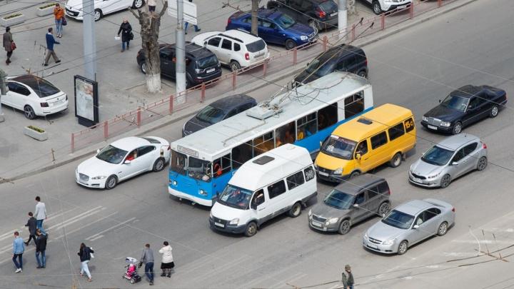 В День молодежи перекроют несколько центральных улиц Волгограда