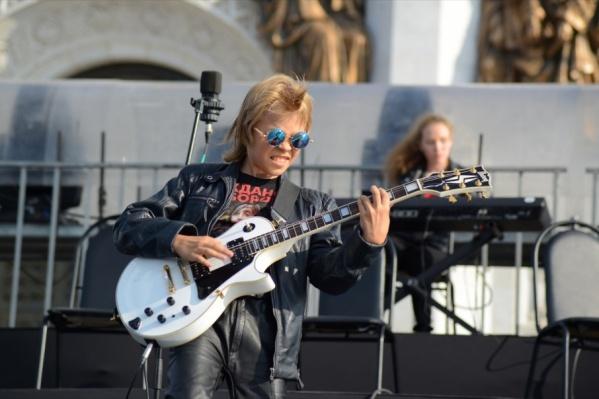 Челябинец Тимофей Григорович сыграл в Москве перед многотысячной толпой