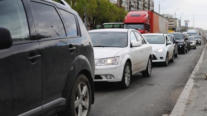 Тюменская транспортная компания не доплатила водителю 1,6 миллиона за сверхурочную работу