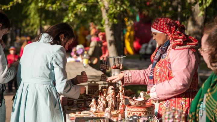 Минэкономразвития: торговцев северными сувенирами занесут в особый реестр
