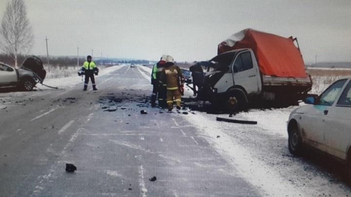 Нужны очевидцы аварии: в Прикамье в столкновении «Газели» и иномарки погиб пассажир