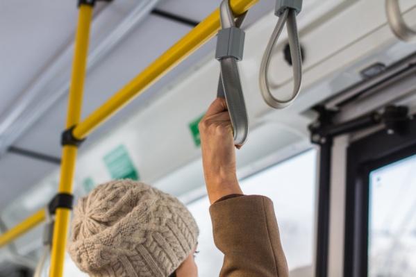 До стадиона будут курсировать 148 автобусов