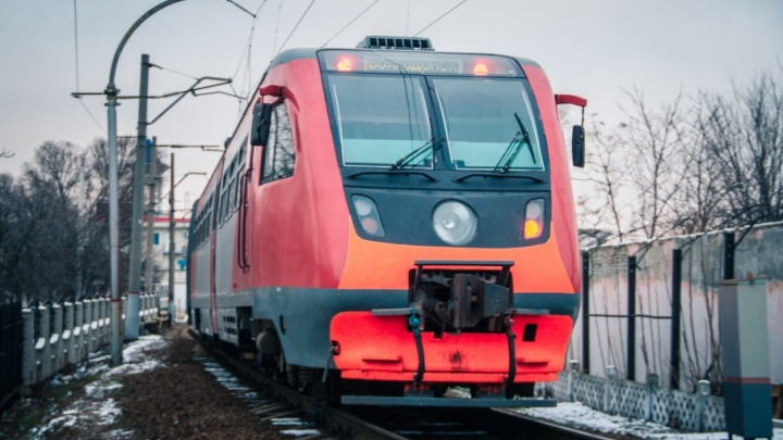 Электрички с системами контроля климата и биотуалетами прибыли в Ростов