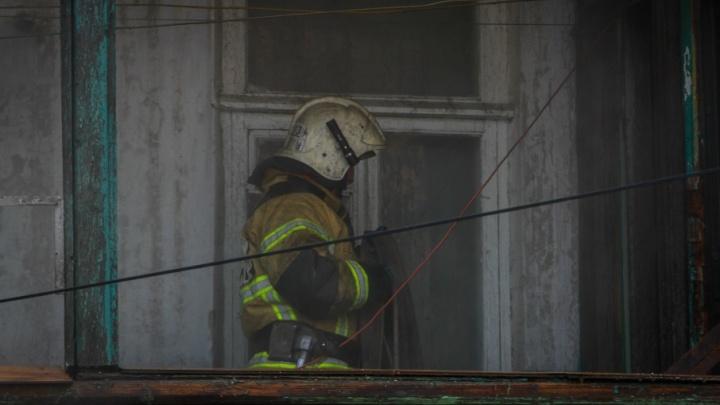 На Дону из-за непотушенной сигареты сгорел дом: погиб мужчина