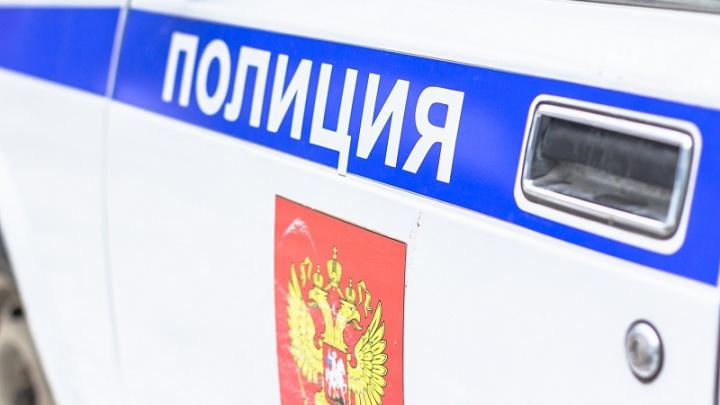 В Самаре мужчина поранил ножом двух полицейских