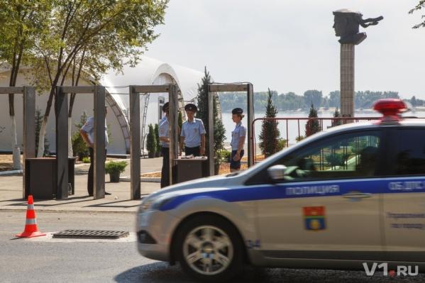 Дмитрия Медведева ждет красота и чистота за рамками металлодетекторов