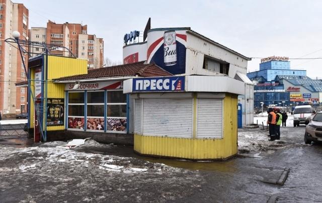 На Московском проспекте снесли самый большой незаконный магазин
