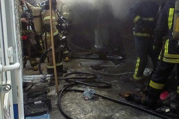 В Архангельске загорелся рынок на улице Нагорной