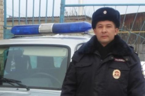 Участковый Алик Тазикаев откликнулся на помощь и помог найти женщину в лесу