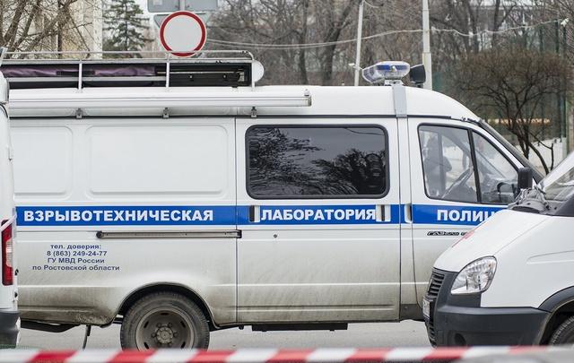 В Ростове оцепили часть Стадионной из-за бесхозной сумки