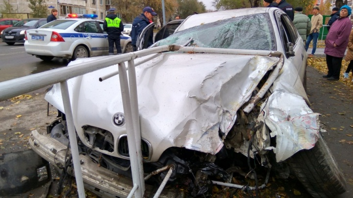 Пьяный водитель BMW устроил ДТП на Харьковской