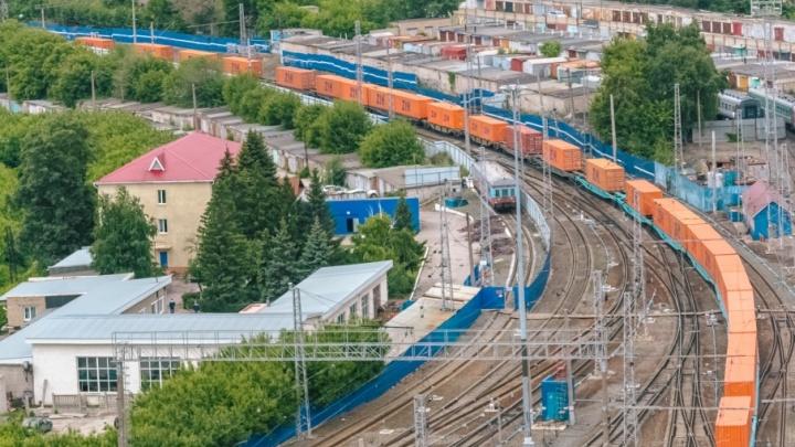 Сызранские полицейские сняли с крыши грузового поезда двух «зацеперов» из Пензы