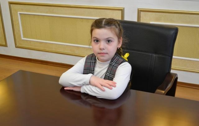 «Владимир Владимирович, помогите»: дорогу в Прикамье отремонтируют после письма школьницы президенту