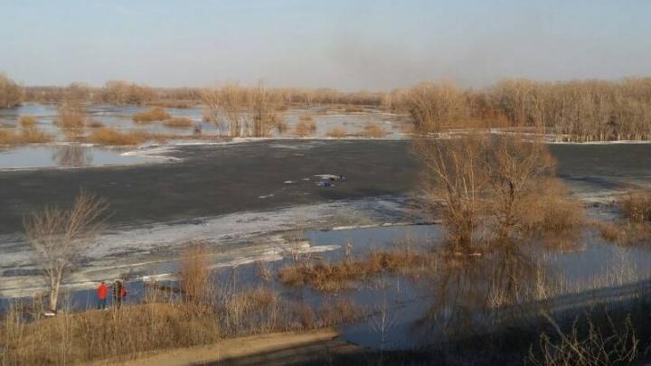 На реке Самаре у Кировского моста рыбак провалился под лёд
