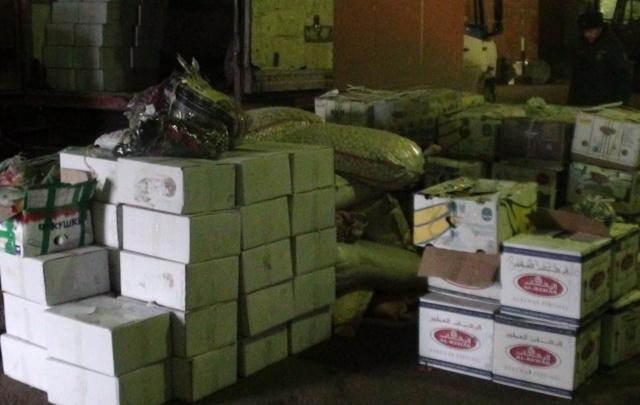 Гражданин Киргизии пытался ввезти в Тюменскую область 2,5 тонны насвая