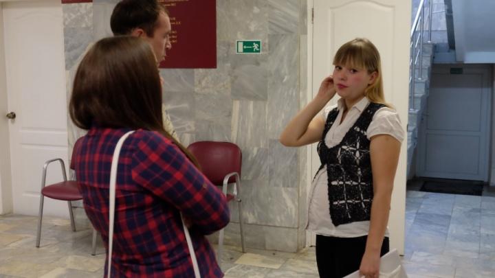 В Прикамье лишили родительских прав женщину, у которой забрали дочь из-за плохих бытовых условий