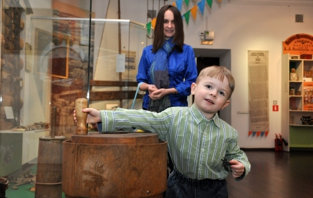 В каникулы ярославских школьников и их родителей пустят в музеи бесплатно