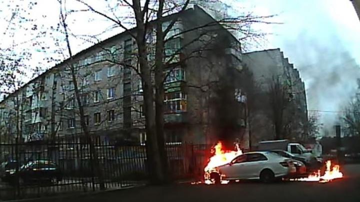 Полиция Перми возбудила дело после поджога машины, принадлежащей директору «Комсомольской правды»
