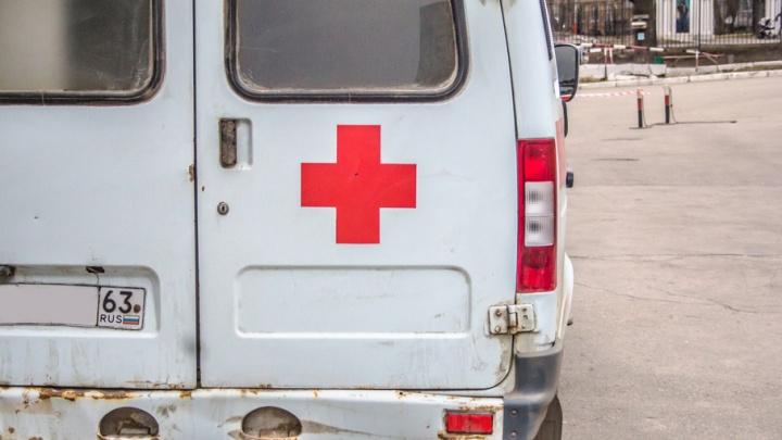В Тольятти мужчина упал с крыши многоэтажки