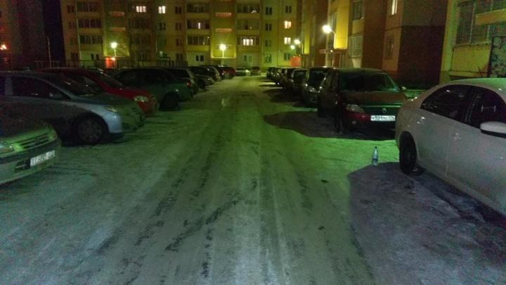 В Копейске ребенок выбежал прямо под колеса автомобиля