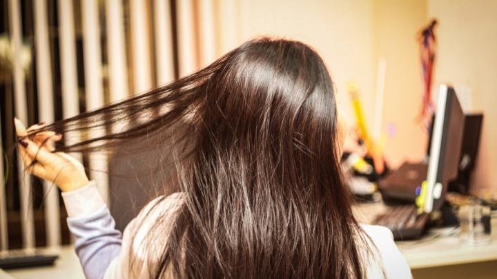 Почему выпадают волосы, и как вернуть красивую прическу