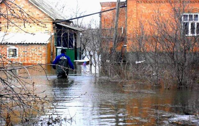 Вода наступает: ростовчан предупредили об опасном повышении уровня Дона