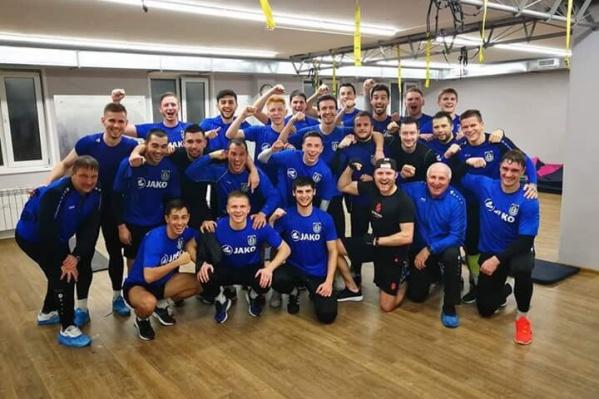 Фото с тренировки команды на базе в «Белкино»
