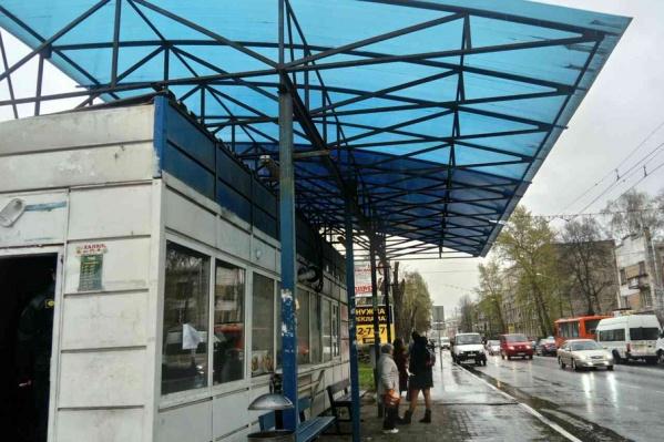 В центре Ярославля снесли еще один ларек